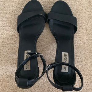 Women's Steve Madden 6.5 Black sandals